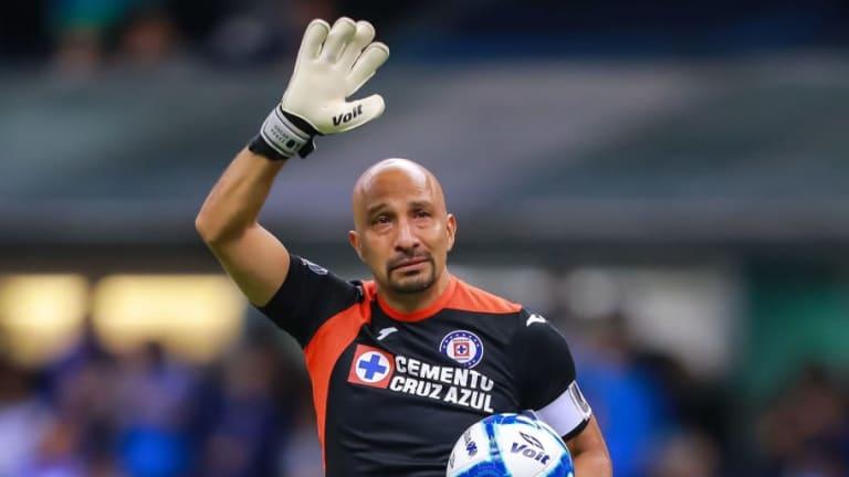 Así fue la despedida del Conejo Pérez con Cruz Azul en el Estadio Azteca