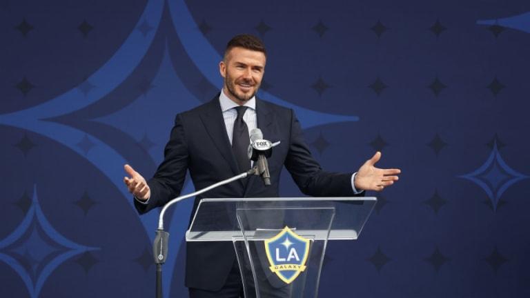 La increíble broma que le hicieron a David Beckham en la presentación de su estatua