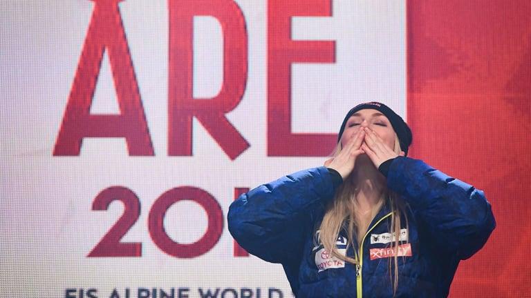Lindsey Vonn Wins Bronze Medal in Final Race of Skiing Career