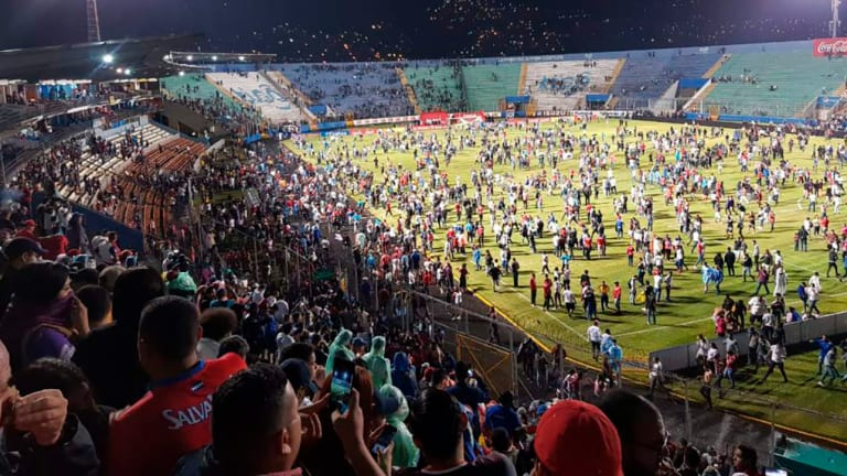 Four Dead After Rival Fans Fight at Olimpia-Motagua Game in Honduras