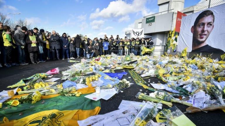 """La autopsia de Emiliano Sala revela que murió de """"lesiones en la cabeza y el tronco"""""""