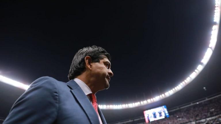 Chivas mantendría a José Cardozo a pesar de los malos resultados