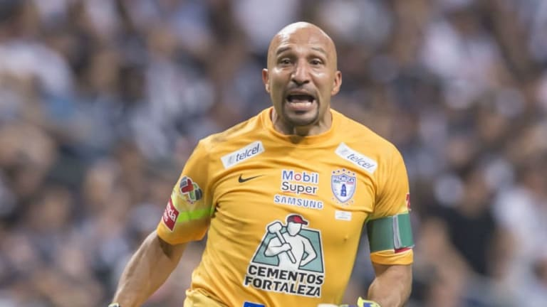 'Conejo' Pérez recuerda que antes no existía decirle que no a la Selección Mexicana