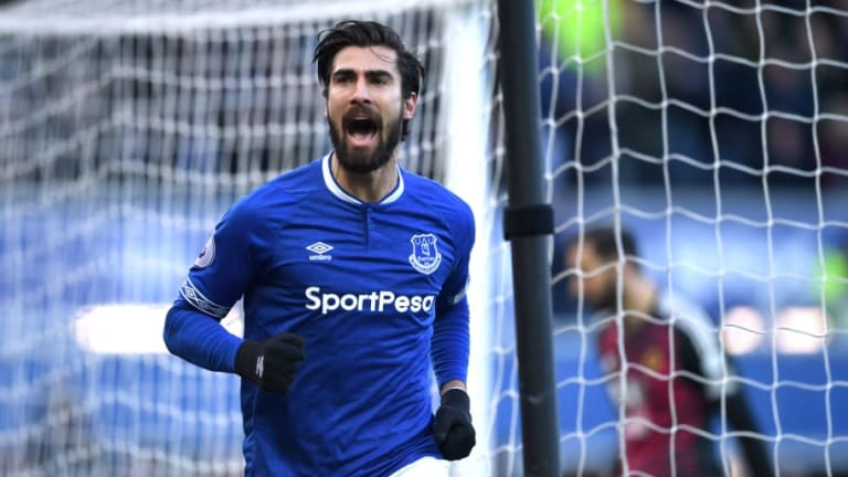 Barcelona Looking to Raise €40m From Sales of Loan Duo Andre Gomes & Denis Suarez This Summer