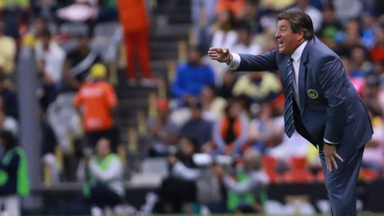 Aficionados del Betis piden el fichaje de Miguel Herrera