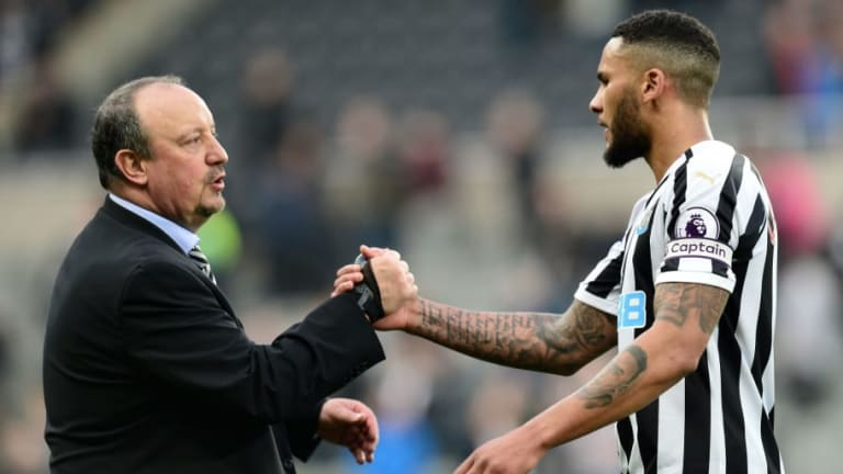 Mike Ashley Takes Newcastle Off the Market and Prepares for Contract Battle With Rafa Benitez