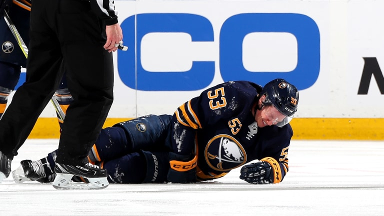 Sabres' Jeff Skinner Returns in Third Period After Hurting Left Leg