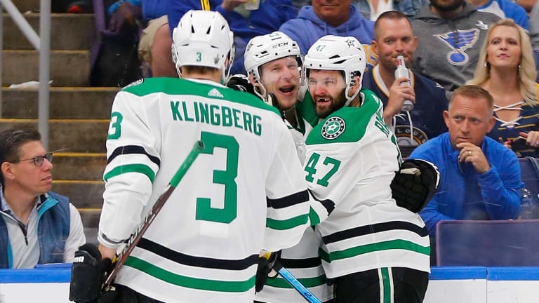 Stars Hang on to Take Series Lead Over Blues