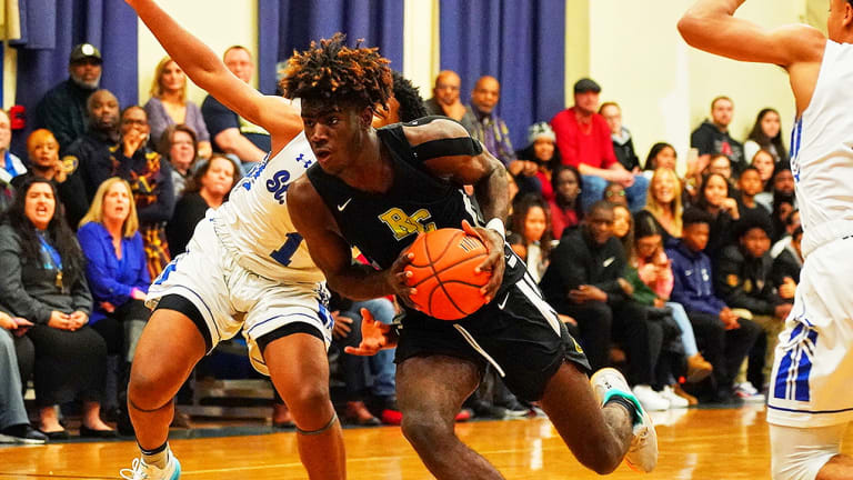 Kentucky Counting on Kahlil Whitney to Make His Mark on Both Ends