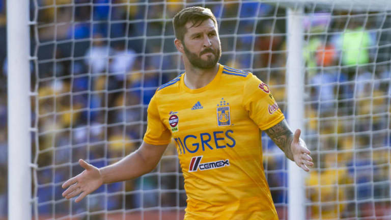 """Luis Hernández arremete contra Gignac: """"Lo comparan con Tomas Boy y nada que ver"""""""