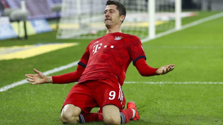 Robert Lewandowski to Hold Contract Extension Talks With Bayern Amid Real Madrid Links