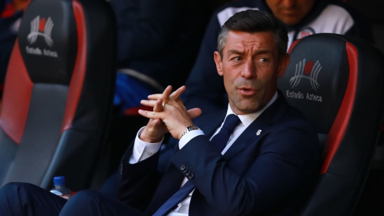 Pedro Caixinha acepta que hay problemas emocionales en Cruz Azul