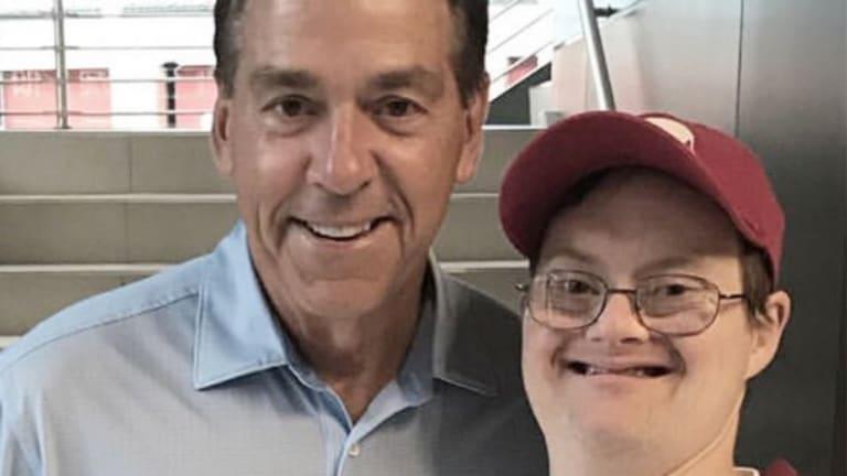 Alabama Superfan Walt Gary Dies at Age 36