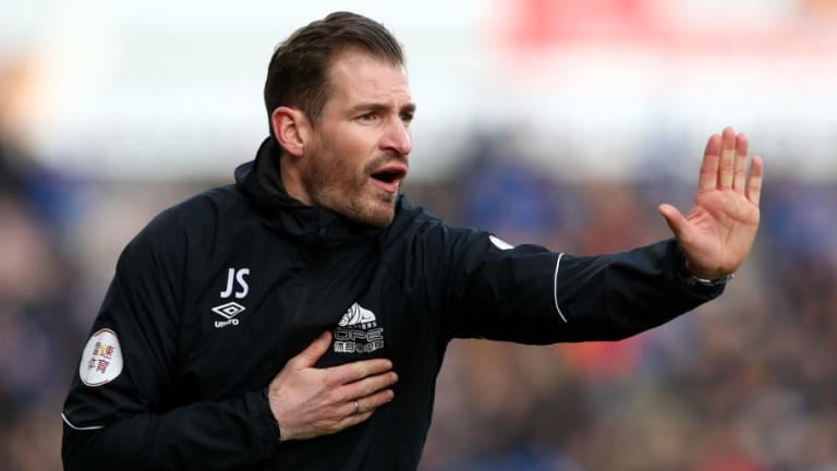 Jan Siewert Rips Into Huddersfield Players After Poor Performance in Cherries Loss