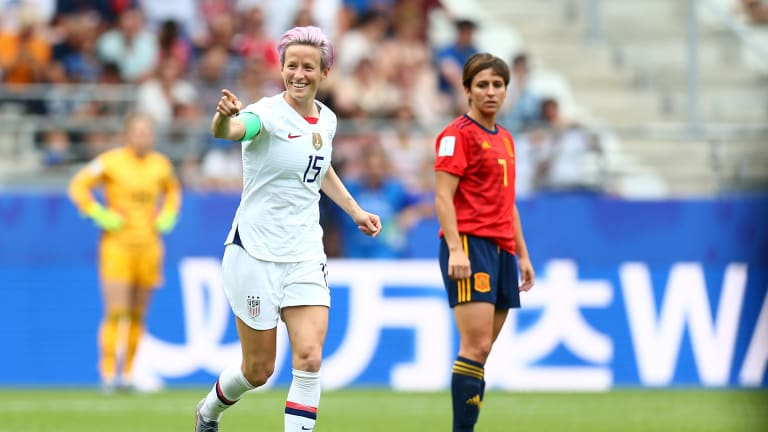 Wednesday's Hot Clicks: Megan Rapinoe Is 'Not Going to the F------ White House'