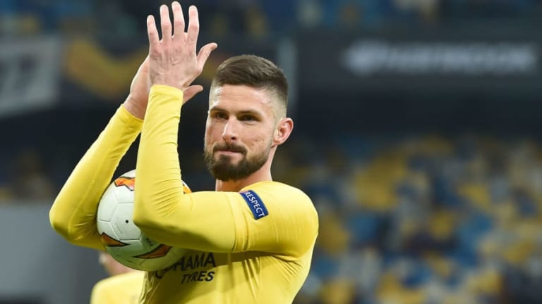 Maurizio Sarri Claims Olivier Giroud Is Still 'Very Important' for Chelsea After Hat-Trick in Kiev