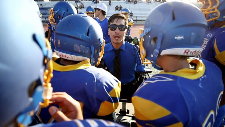 High School Football Coach Born Without Arms, Legs Wins ESPN's Jimmy V Award