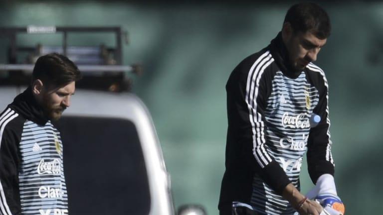 "La cláusula de salida que tiene ""Patón"" Guzmán con Tigres si Messi vuelve a Newell's"