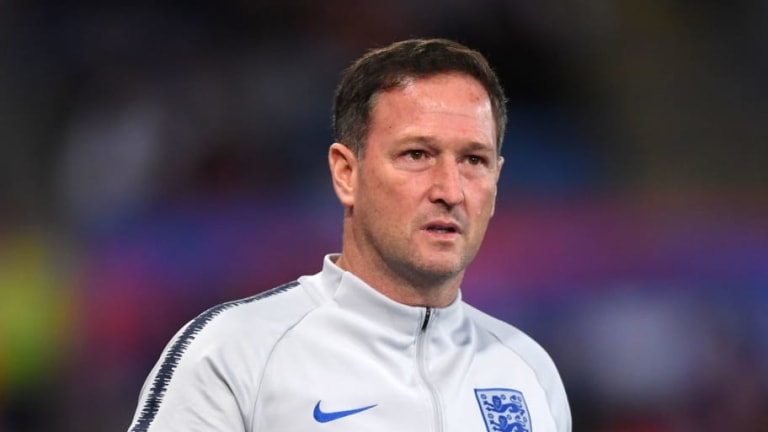 Steve Holland Being Considered as Interim Chelsea Manager as Maurizio Sarri's Job Hangs in Balance