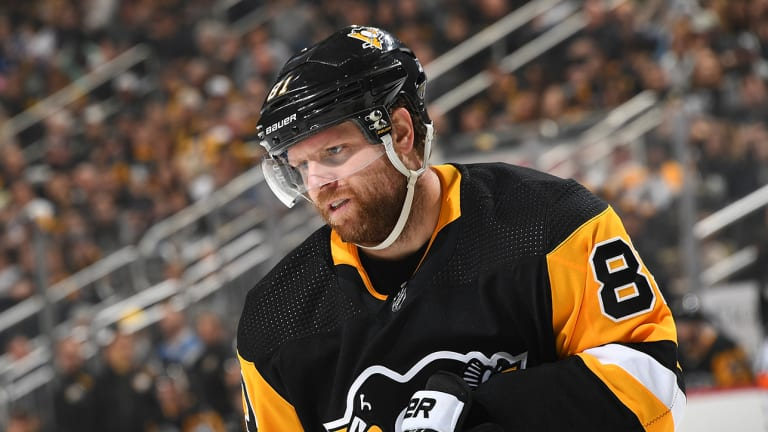 Penguins Trade Phil Kessel to Coyotes