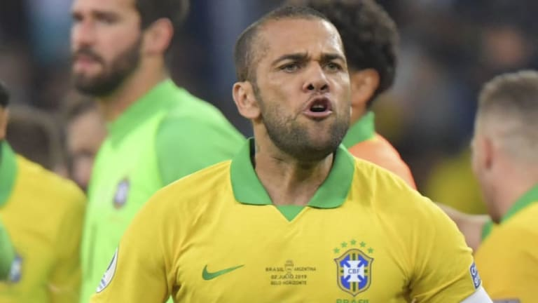 Dani Alves Called Barcelona to Offer Himself for Summer Return (But Was Turned Down)