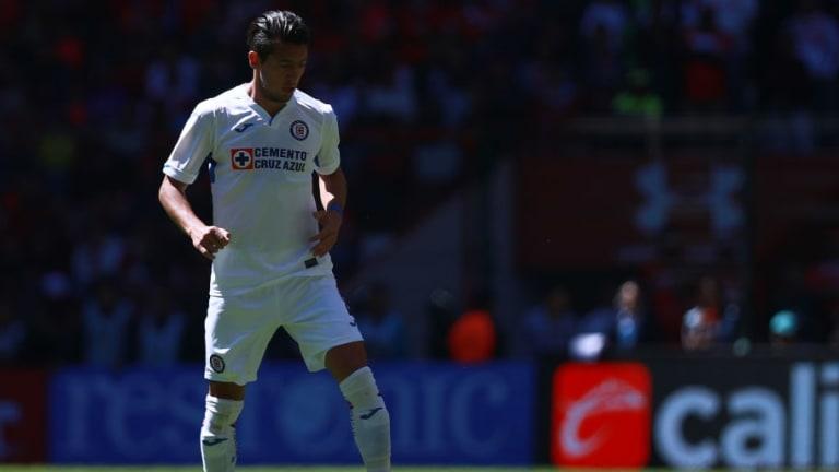 Javier Salas se une a la lista de los jugadores lesionados de Cruz Azul