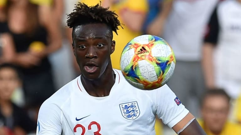 Tammy Abraham Admits Frank Lampard Has Helped Chelsea Youth 'Believe' as He Targets First-Team Spot