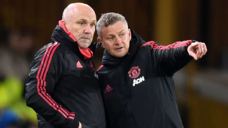 The Reason Why Mike Phelan Has Not Yet Committed to Man Utd Following Solskajer's Appointment