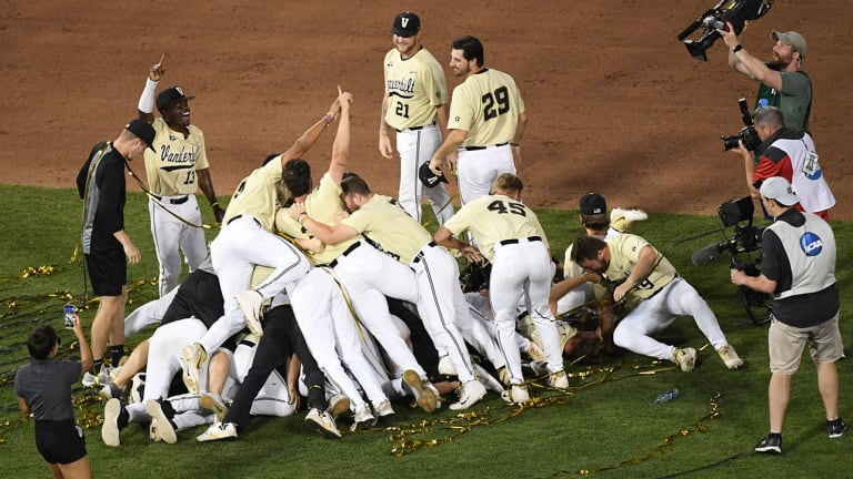 Vanderbilt Tops Michigan in Game 3 for Second College World Series Title