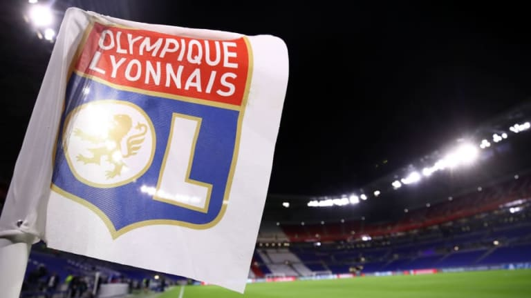 5 Lyon Supporters Attacked & Injured Ahead of Barcelona Champions League Tie
