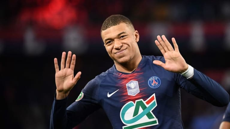 Kylian Mbappe Stuns Award Ceremony by Admitting He Could Leave PSG for 'New Project'