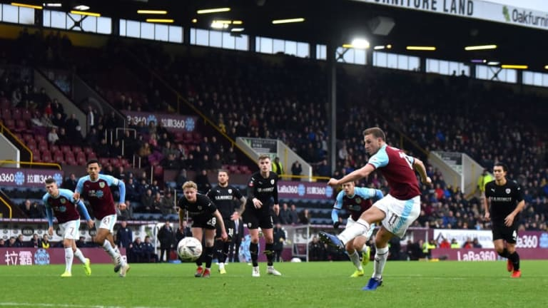Burnley vs Fulham Preview: Where to Watch, Live Stream, Kick Off Time & Team News