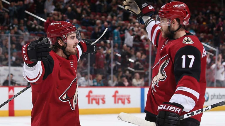 Coyotes Stop Sharks' Seven-Game Winning Streak