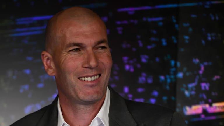 Vídeo  El Real Madrid le da la bienvenida a Zidane
