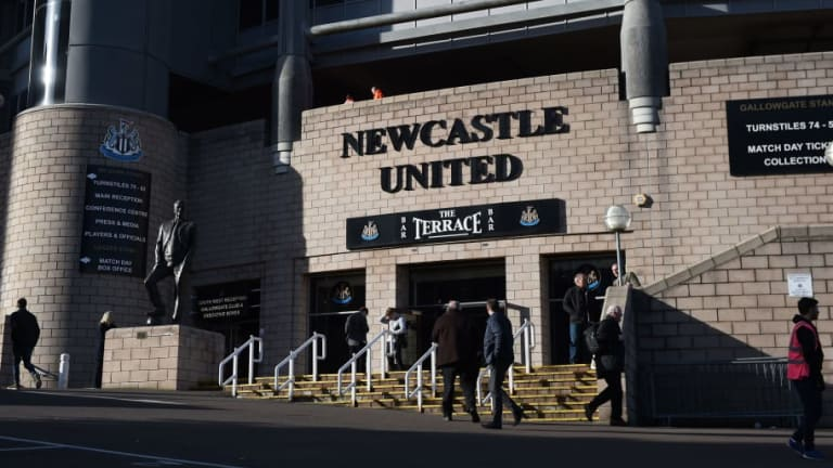 Former Newcastle Owner Approached by Brokers to Buy Magpies Back From Mike Ashley