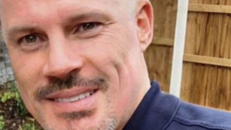Jamie Carragher Shows Off Bold 'New Look' in Support of Rafa Benitez After Newcastle Departure