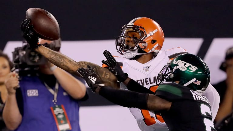 Odell Beckham Jr. Makes Insane One-Handed Snag in Return to MetLife Stadium