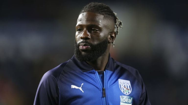 Crystal Palace in Talks Over Bakary Sako Return to Selhurst Park on Short-Term Deal From West Brom