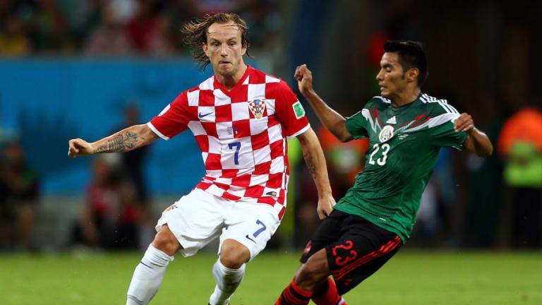 """El """"Gallito"""" Vázquez espera una nueva oportunidad en la Selección Mexicana"""
