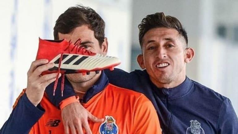 Iker Casillas compara a Héctor Herrera con Juan Roman Riquelme