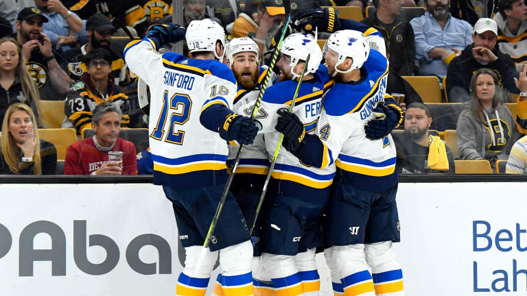Blues Survive Bruins' Late Flurry to Take Game 5, Series Lead