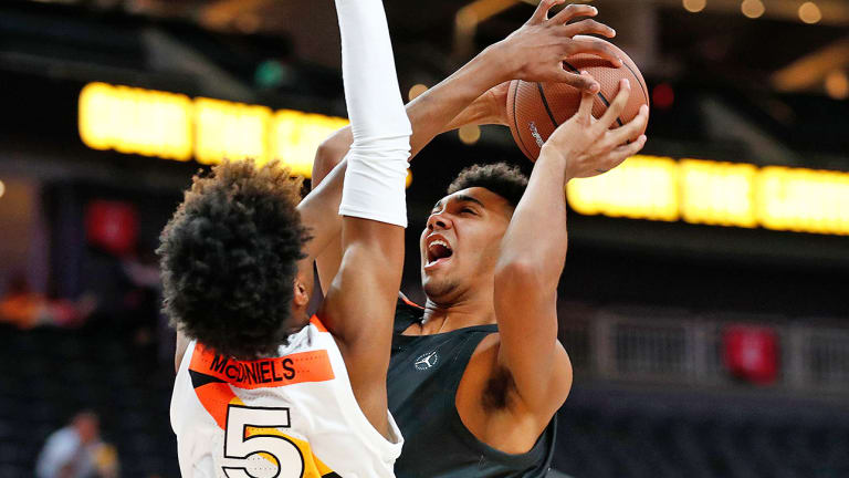 Trayce Jackson-Davis Brings Another Local Boost as Indiana Looks to Rebound