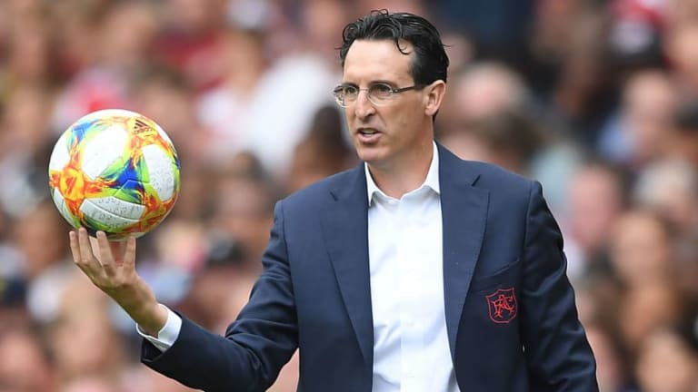 Unai Emery Hints That Laurent Koscielny's Future Will Impact Arsenal's Incoming Signings