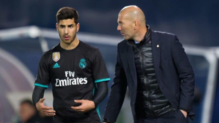 Zidane mantiene la calma tras la lesión de Asensio y no intentará sustituirlo