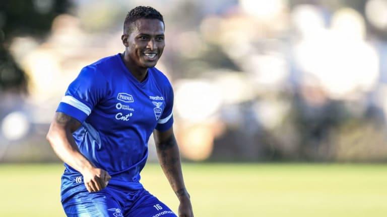 Antonio Valencia regresa al fútbol ecuatoriano