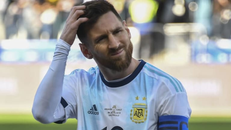 VÍDEO   Messi casi llega a las manos con un aficionado en una discoteca en Ibiza