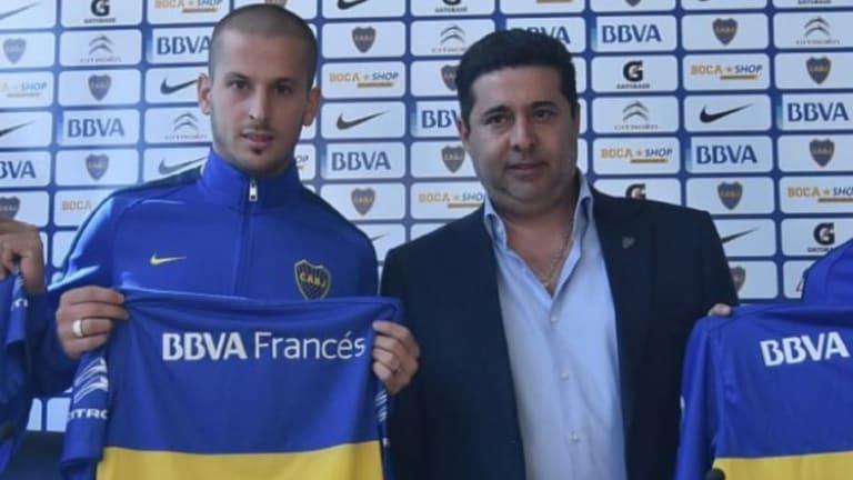 """Daniel Angelici rechazó los rumores de salida de Benedetto: """"Se queda en Boca hasta diciembre"""""""