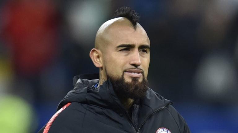Inter Continue to Push for Arturo Vidal With Ernesto Valverde Open to Barcelona Departure