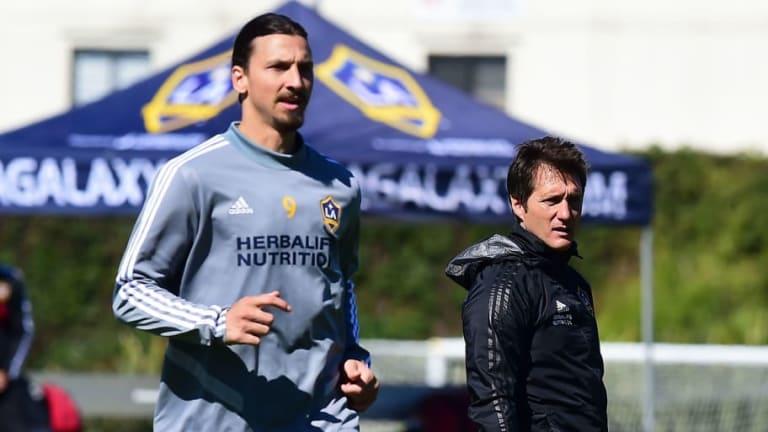 Jugar con Zlatan Ibrahimovic convenció a futbolista mexicano de unirse al Galaxy