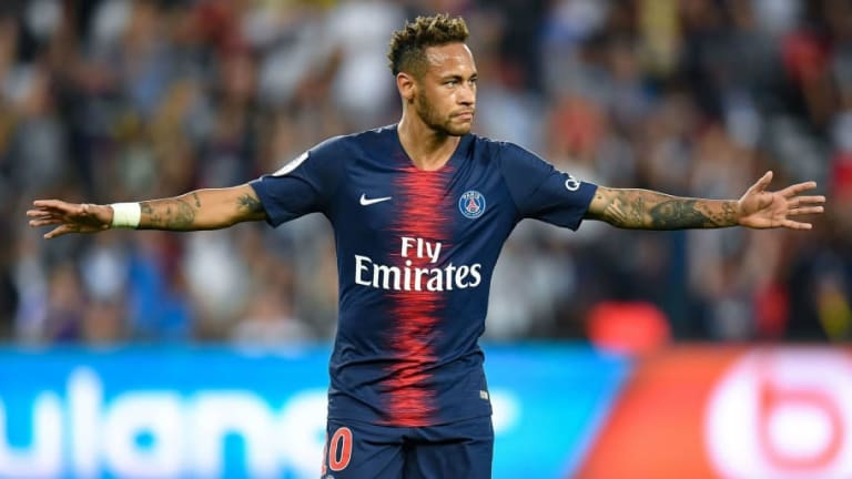 Barcelona Weighing Up Pros & Cons of 'Very Complicated' Deal to Re-Sign Neymar From PSG